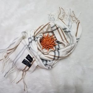Cejon made in Italy plaid scarf with tassle